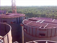 Installation of metal structures and mixing equipment of decomposers
