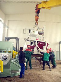 Assembly of lines for soybean processing with capacity of 4 tons/hour